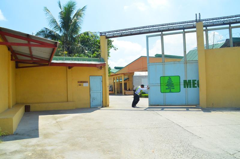 plant-entrance